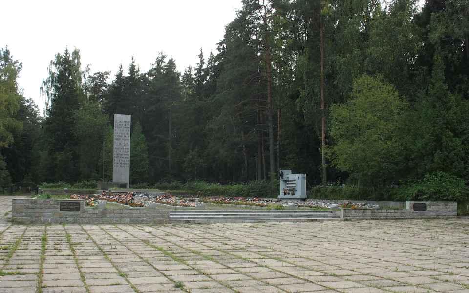 Кладбище луга изготовление памятников каталог xi xiv вв рукописные